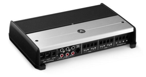 XD700/5v2 Class D 4 x 75 + 1 x 300 Watts RMS • XD700/5v2