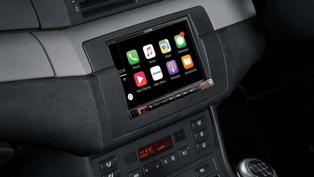 7″ Apple CarPlay / Android Auto iLX-702E46 for BMW E46 Series • iLX-702E46